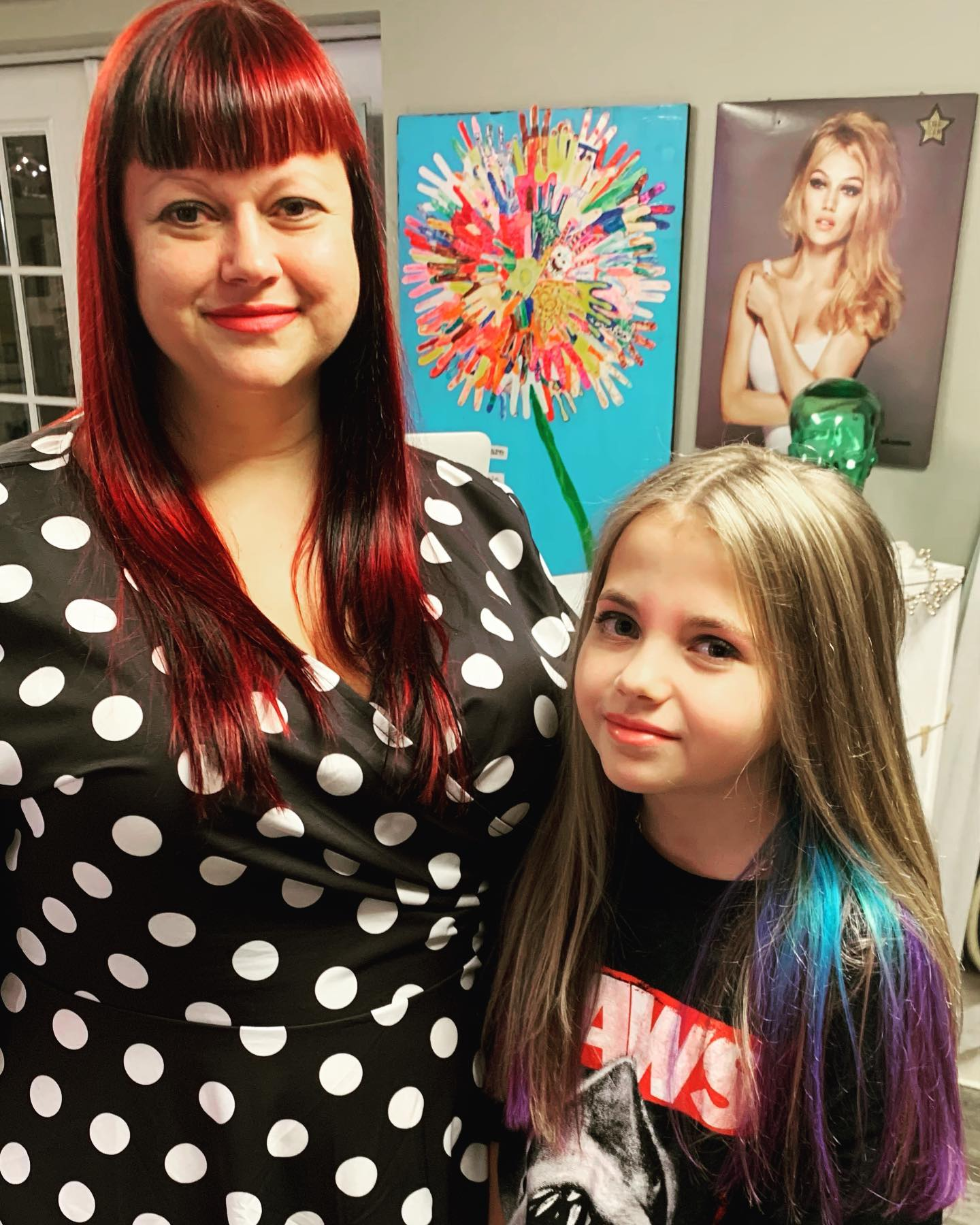 Red haut and galactic hair coming right up!! This mother and daughter dua are sure to turn heads !!