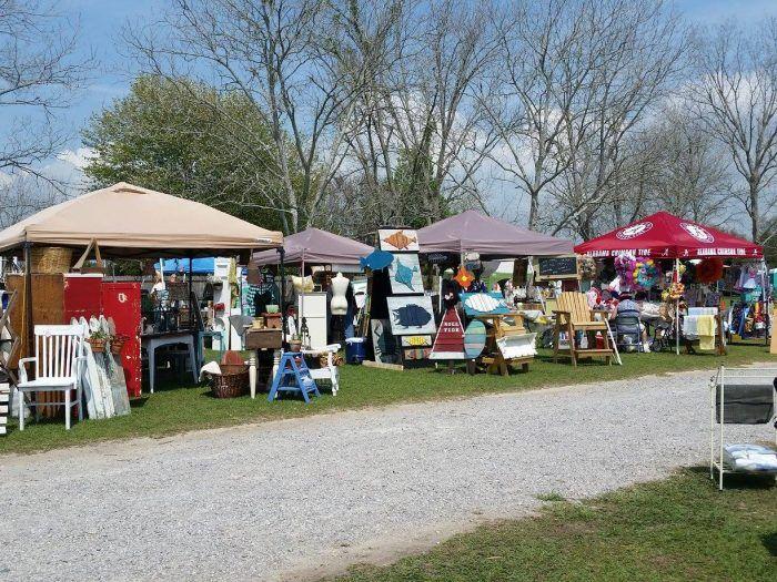 Hwy 11 Flea Market